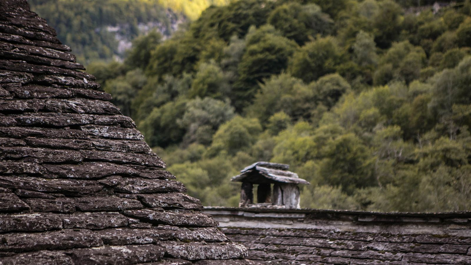 Bavona Valley, stone made roofs