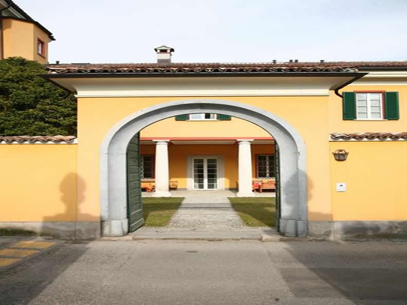 Image 2 - Guest House Castello di Brusata