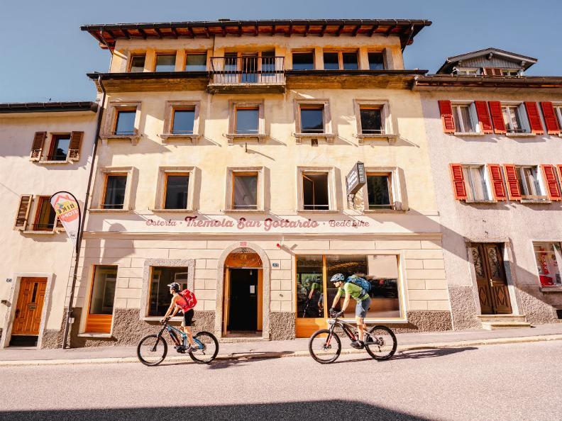 Image 0 - Bed&Bike Tremola San Gottardo