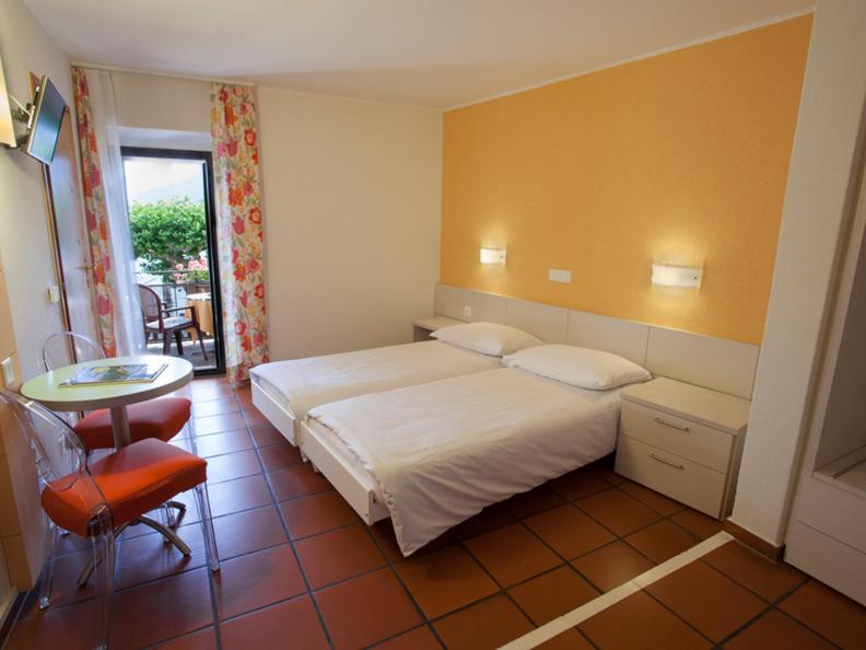 Image 2 - Piazza Ascona - Hotel Al Faro