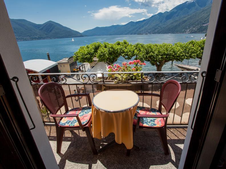 Image 3 - Piazza Ascona - Hotel Al Faro