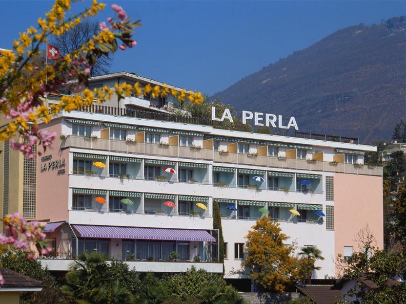 Image 0 - La Perla
