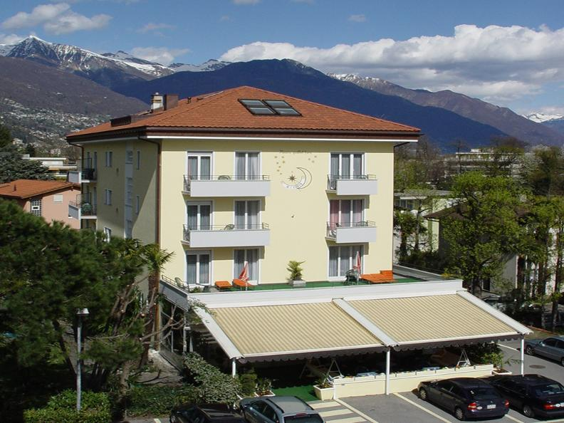 Image 0 - Hotel Luna Garni
