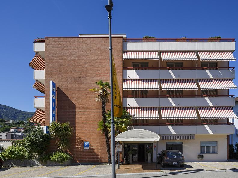 Image 1 - Hotel Polo