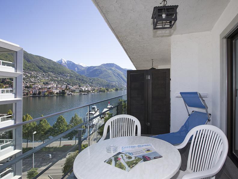 Image 1 - Aparthotel Al Lago