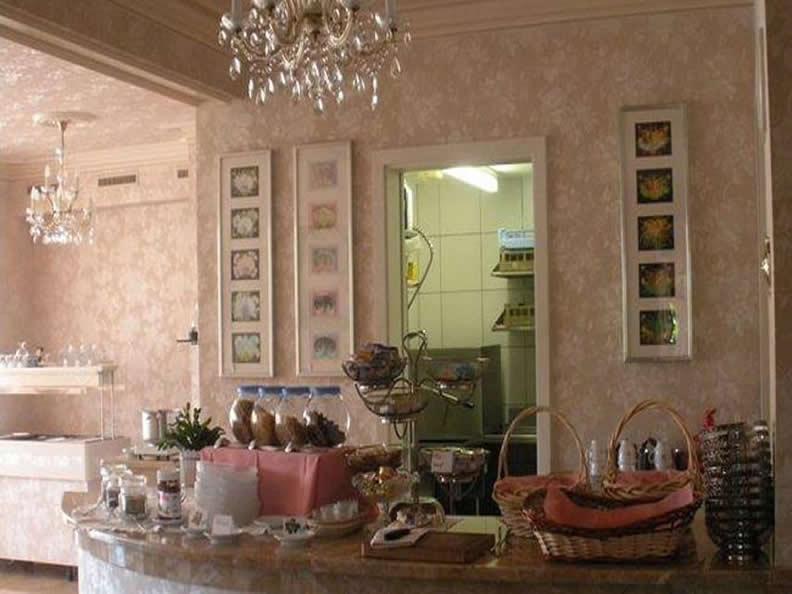 Image 1 - Hotel Villa del Sole