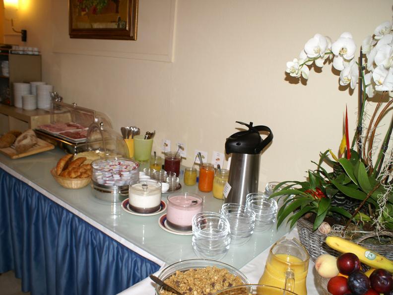 Image 3 - Hotel Atlantico - Garni