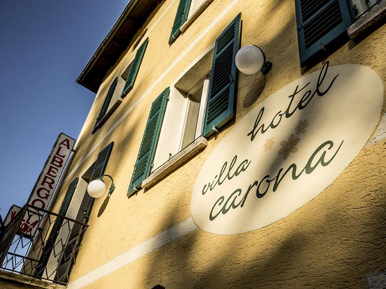 Image 0 - Villa Carona