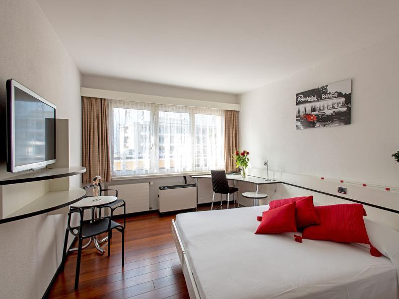 Image 1 - Hotel Vezia