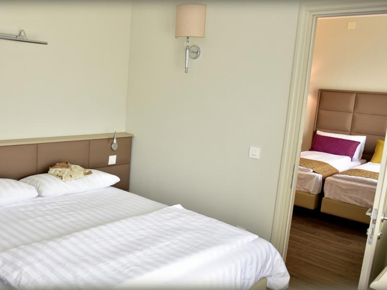 Image 3 - Hotel Alexandra