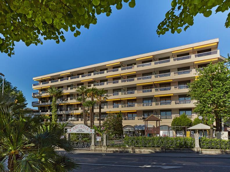Image 0 - H4 Hotel Arcadia