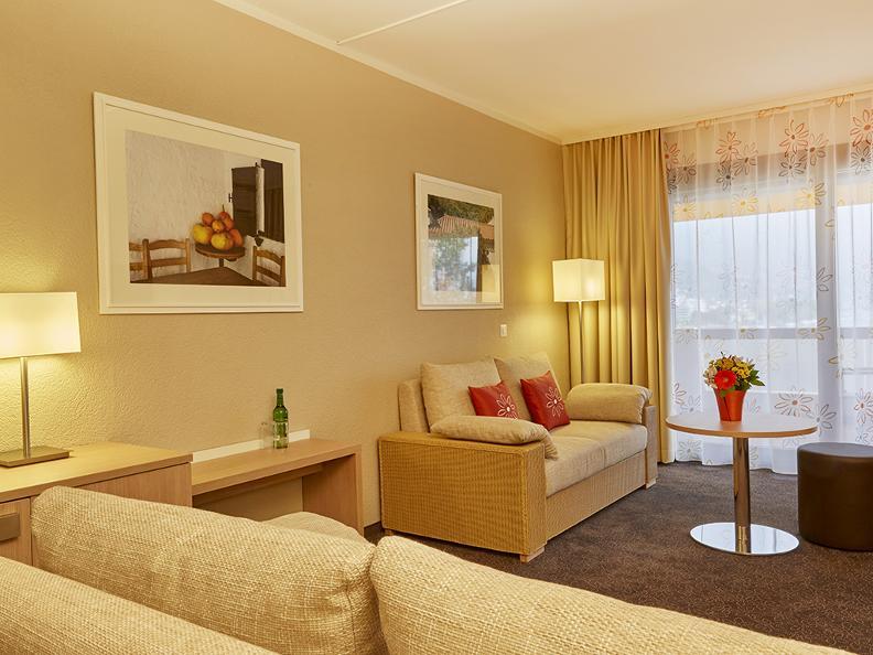 Image 2 - H4 Hotel Arcadia
