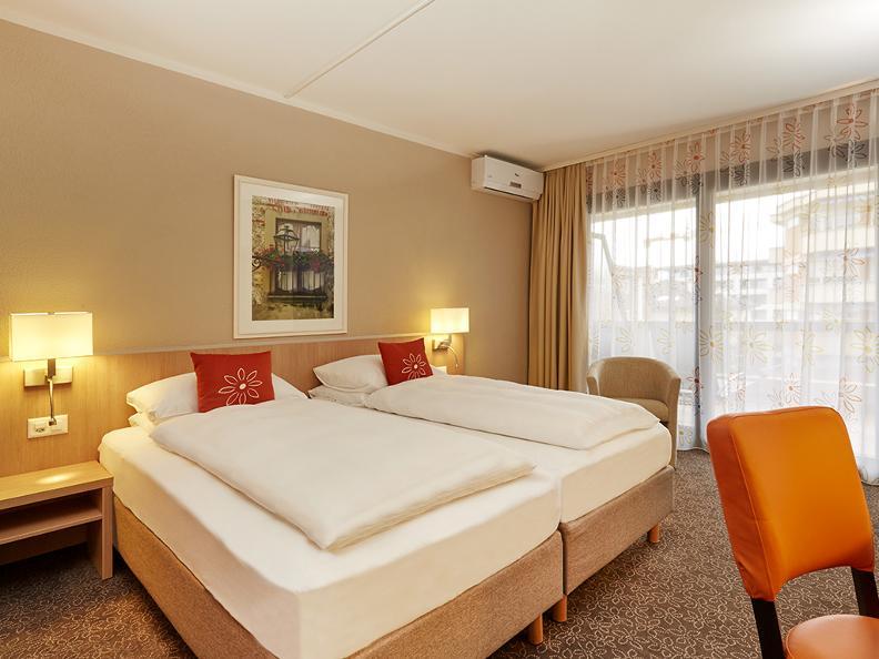 Image 3 - H4 Hotel Arcadia