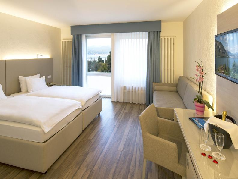 Image 10 - Hotel Campione