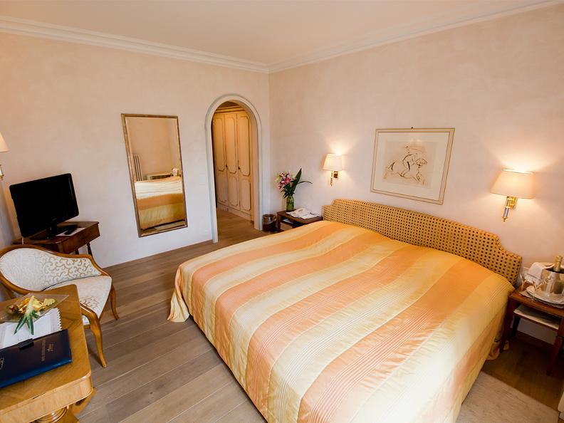 Image 2 - Romantik Hotel Castello Seeschloss