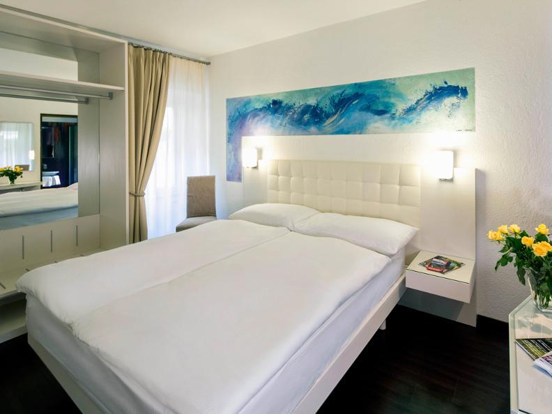 Image 4 - Hotel America
