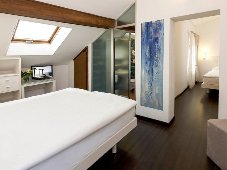 Image 5 - Hotel America