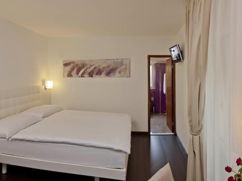 Image 6 - Hotel America