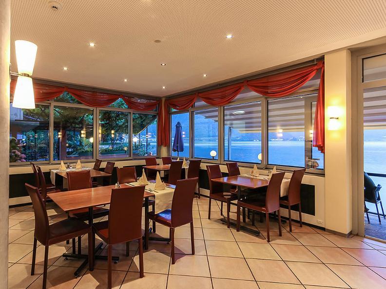 Image 6 - Hotel Riviera