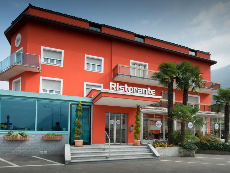 Image 3 - Hotel La Perla