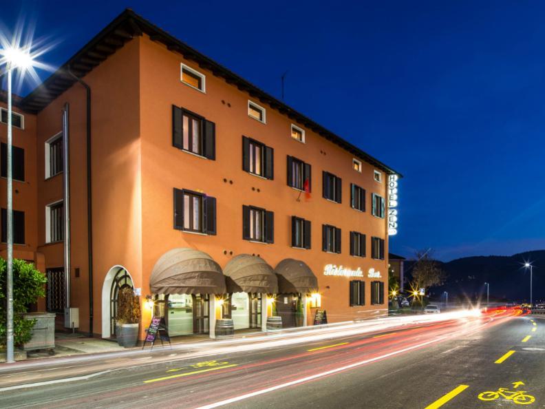 Image 0 - Hotel Zen