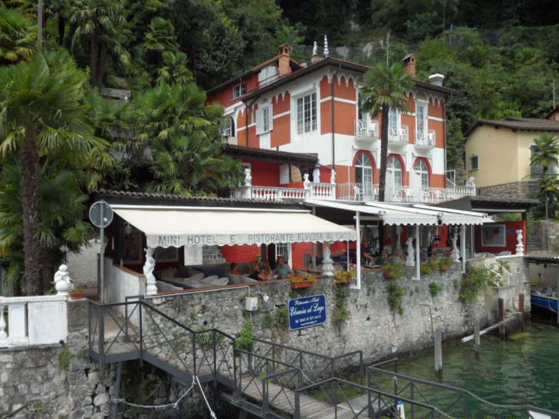 Hotel elvezia al lago for Cabine al lago shadd