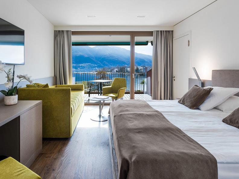 Image 8 - Hotel & Lounge Lago Maggiore