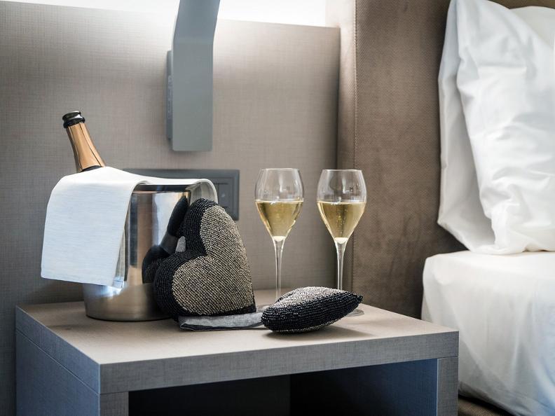 Image 10 - Hotel & Lounge Lago Maggiore