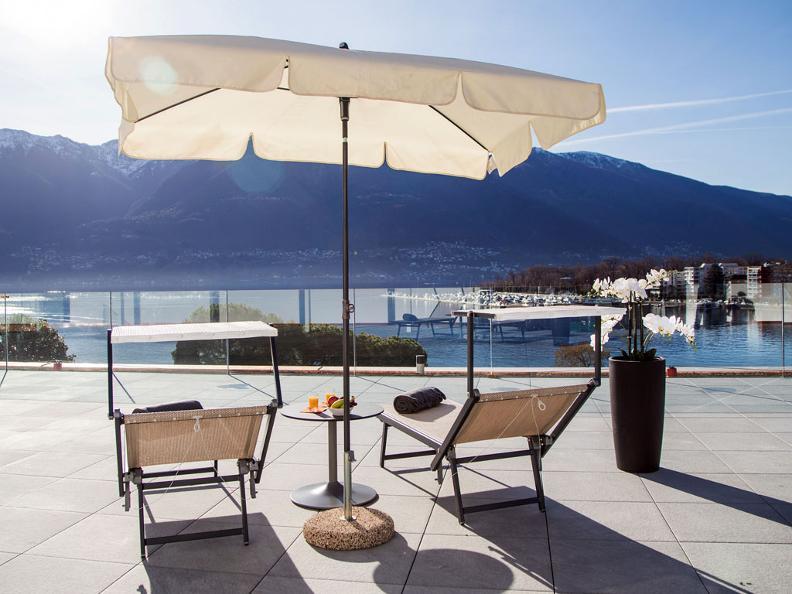 Image 4 - Hotel & Lounge Lago Maggiore