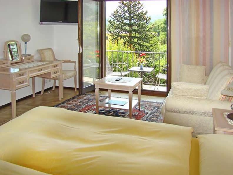 Image 2 - Al Fiume Hotel