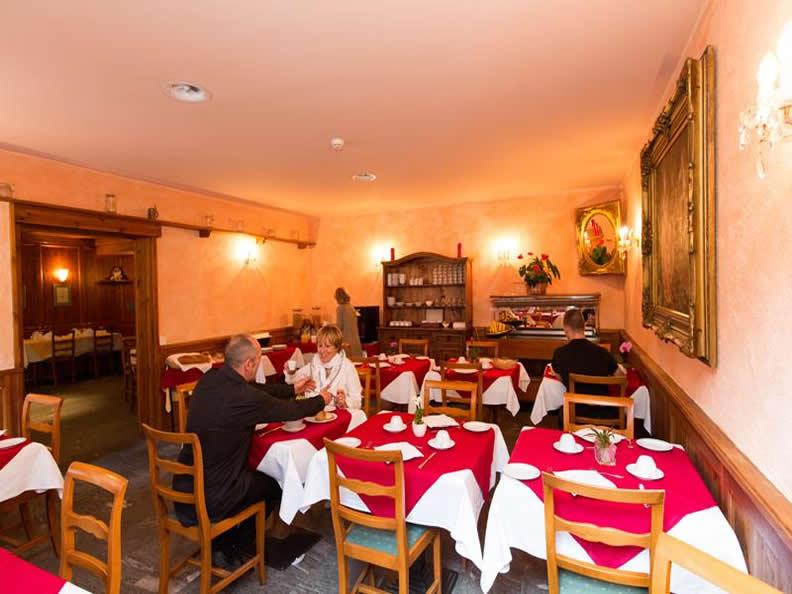 Image 1 - Hotel Ristorante Walser