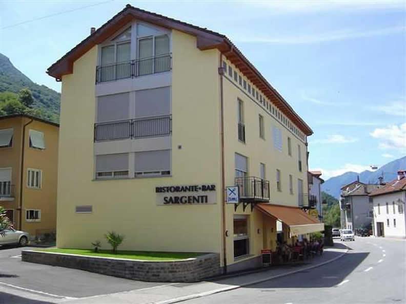 Image 0 - Sargenti