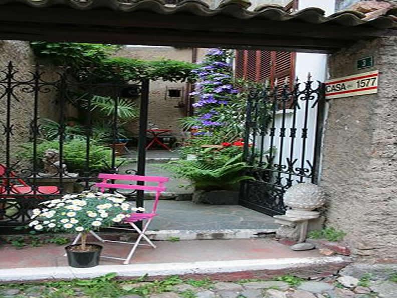 Image 0 - Casa del 1577