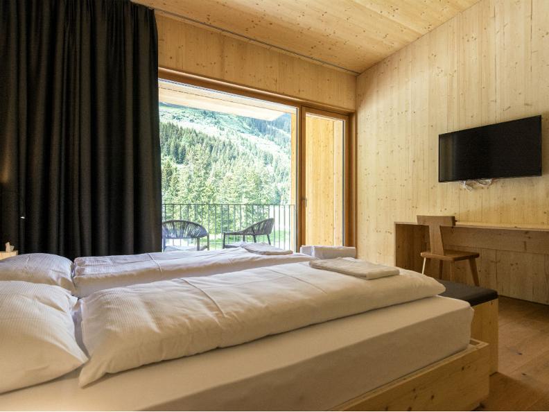 Image 2 - Campra Alpine Lodge & Spa