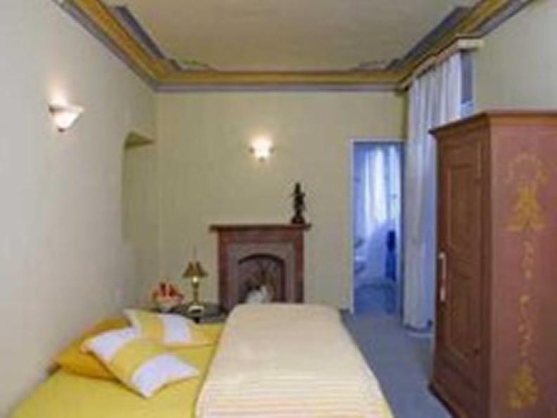 Image 2 -  Villa Sarnia