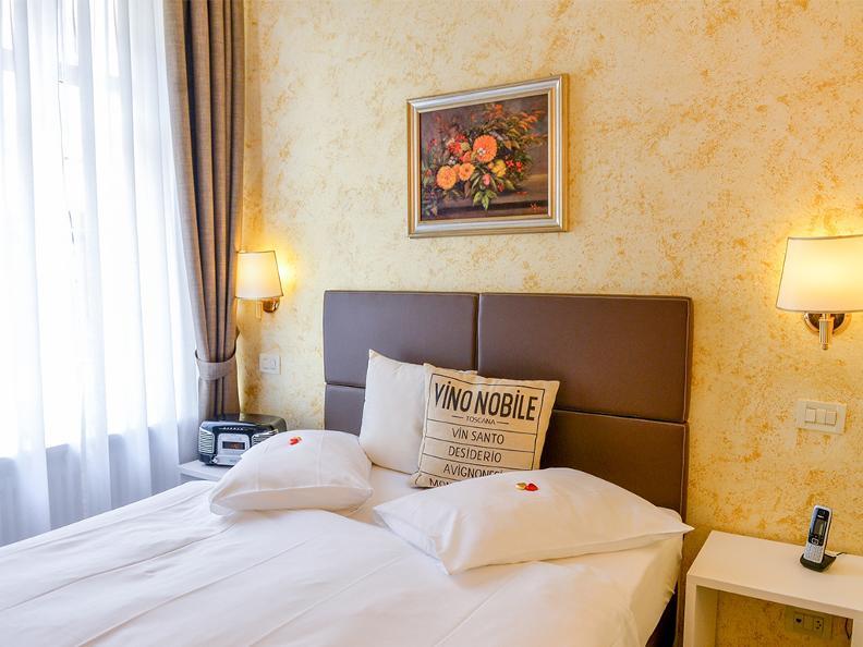 Image 1 - Hotel Millennium
