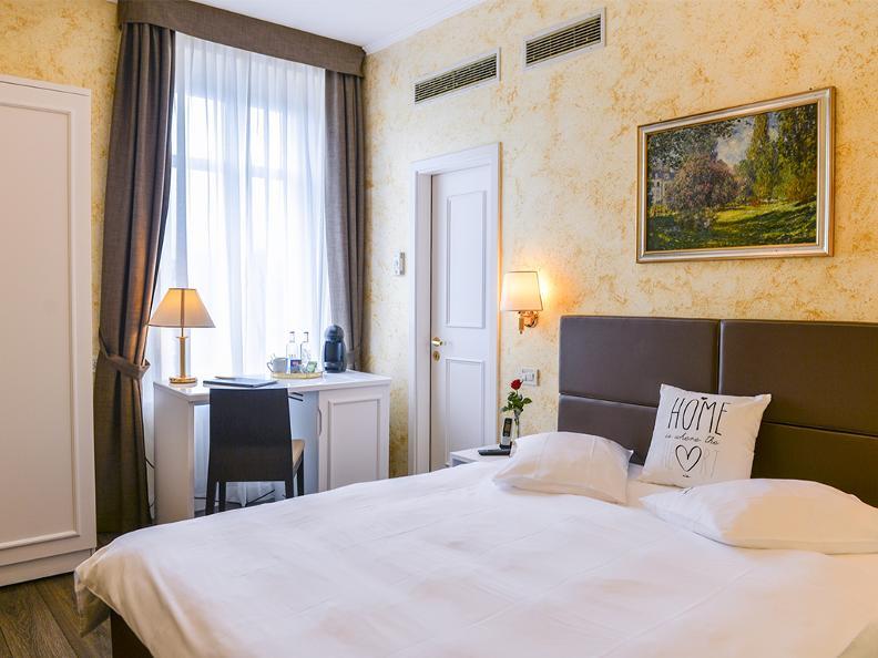 Image 2 - Hotel Millennium
