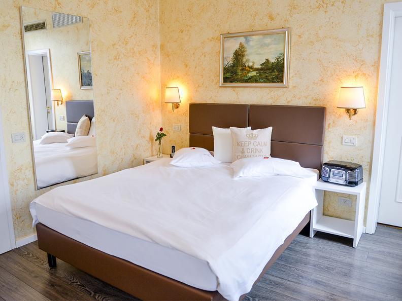 Image 3 - Hotel Millennium