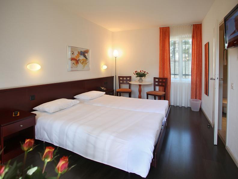 Image 6 - Piazza Ascona - Casa delle Olive