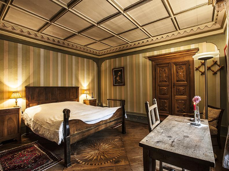Image 3 - Palazzo Gamboni swiss historic hotel