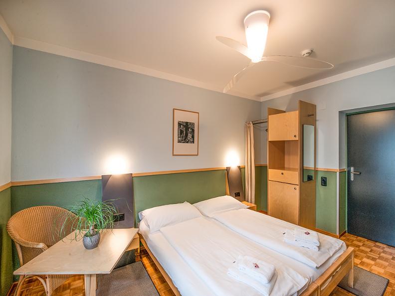Image 6 - Hotel Pestalozzi Lugano