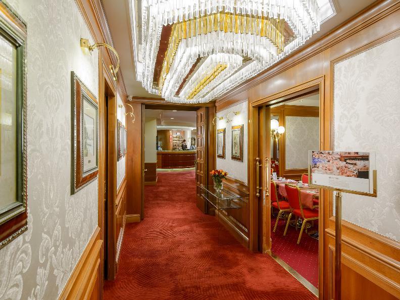 Image 18 - Hotel Lugano Dante Center