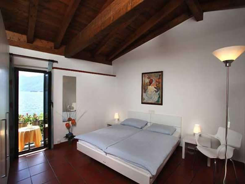Image 2 - Faro apartment suite