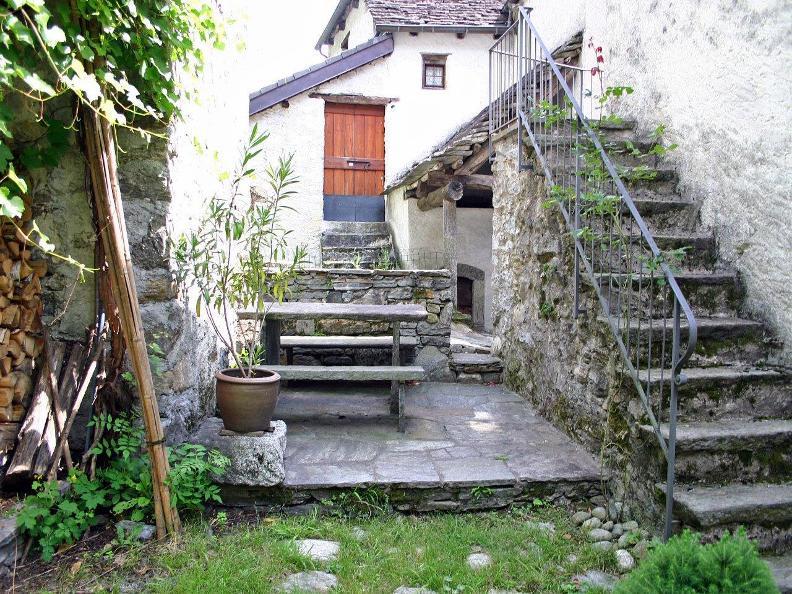Image 2 - Casa Manzika
