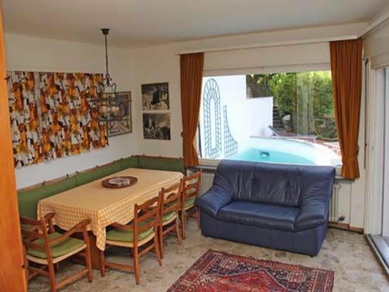 Image 4 - Villa  Gesina