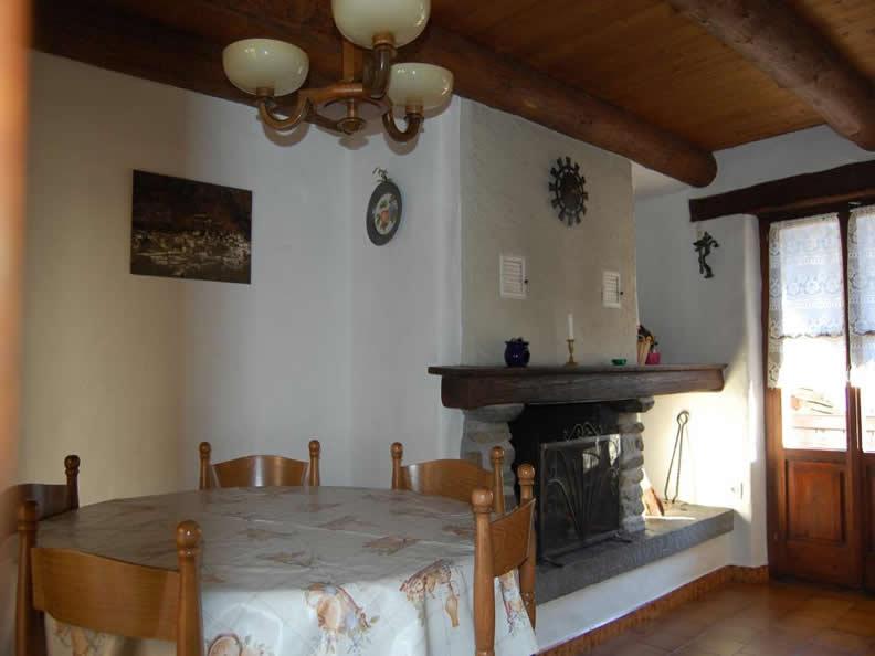 Image 3 - Casa Camesi