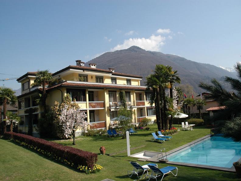 Image 0 - Villa Siesta Park