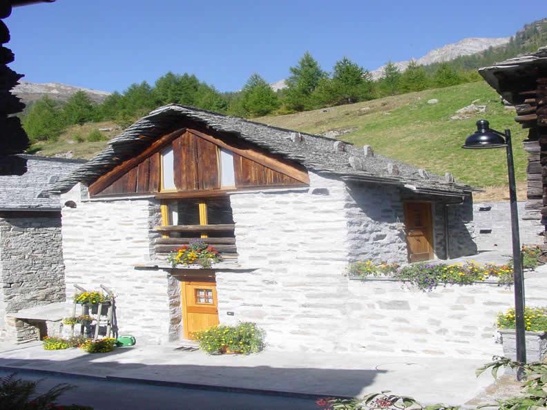 Image 1 - Casa Bronz