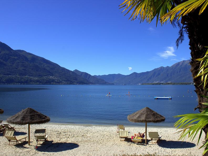 Image 0 - Miralago Camping & Palmbeach-Resort