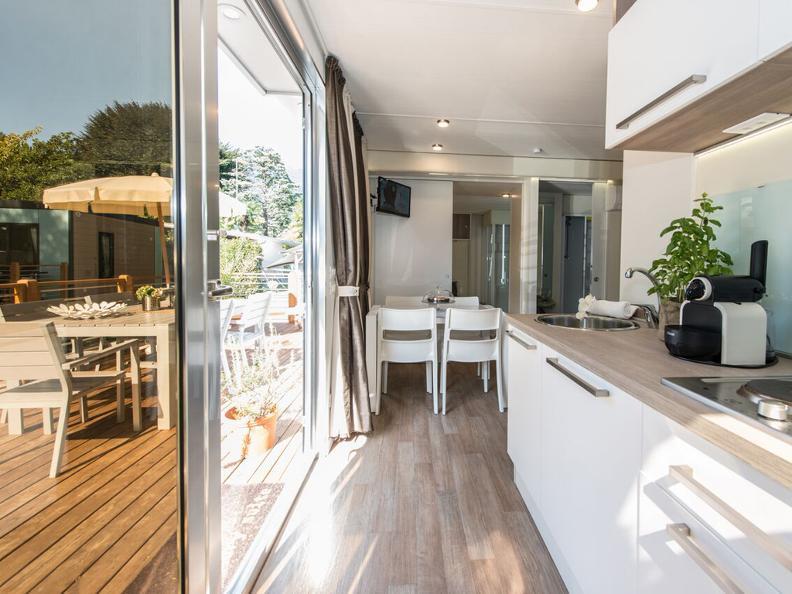 Image 3 - Miralago Camping & Palmbeach-Resort